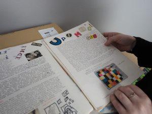 セルマさんが戦時下に「編集した」雑誌。当時は新刊など手に入るわけもなかったので、自分自身で雑誌を作るしかなかったのでした。